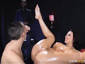 Rachel Starr loves some oily fun in front of her spouse