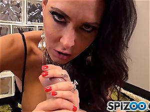 Jessica Jaymes getting her face frost in goo
