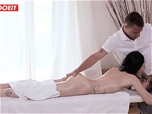 LETSDOEIT - Czech mummy Gets abused on the massage Table