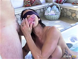 OMG! I pounded my greatest friend's huge-boobed insatiable mother beans Jade