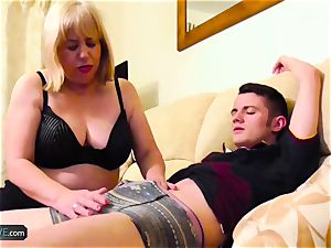 AgedLovE Mature plump Trisha and Sam hardcore