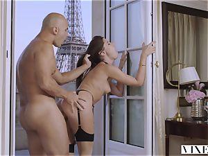 VIXEN little quirk Cheats In Paris
